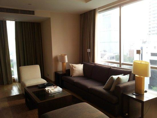 Ascott Sathorn Bangkok : sofa area