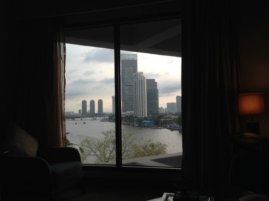 Royal Orchid Sheraton Hotel & Towers : Camera Junior Suite