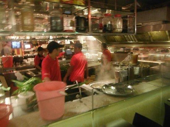 Lot 10 Food Hall : Food Hall