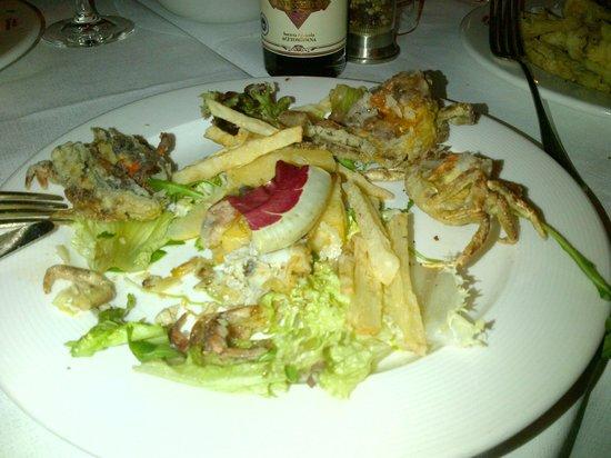 Antiche Carampane : soft shell crab with celeriac chips