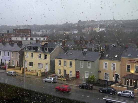 The River Lee: Rainy view
