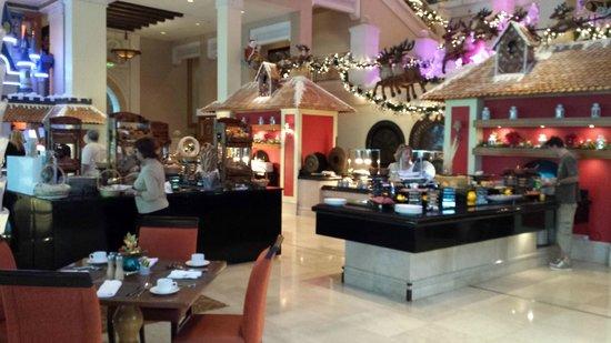 Jumeirah Al Qasr at Madinat Jumeirah : Colazione da re..