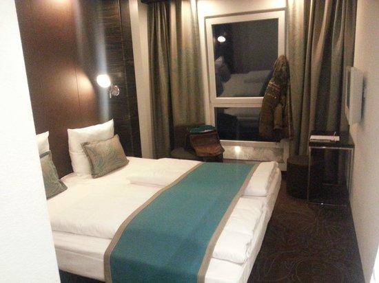 Motel One Stuttgart-Hauptbahnhof: Zimmer sind absolut gut