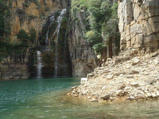 Resultado de imagem para Cachoeira Lagoa Azul capitolio