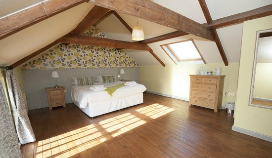 The Countryman Inn: The Suite is large and can sleep up to 4