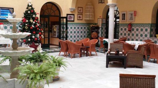 Senator Cadiz Spa Hotel : Near the reception area.