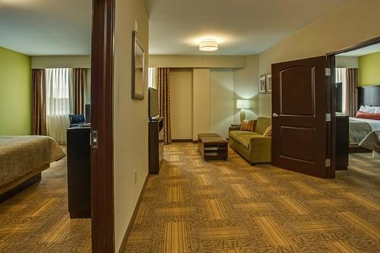 one bedroom suite picture of staybridge suites atlanta airport