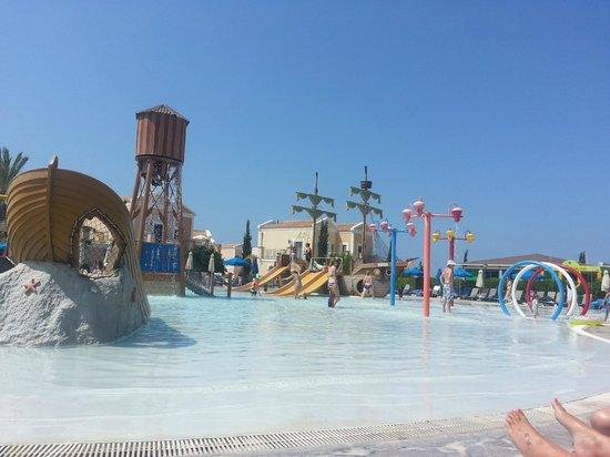 Aliathon Holiday Village: kids splash pool