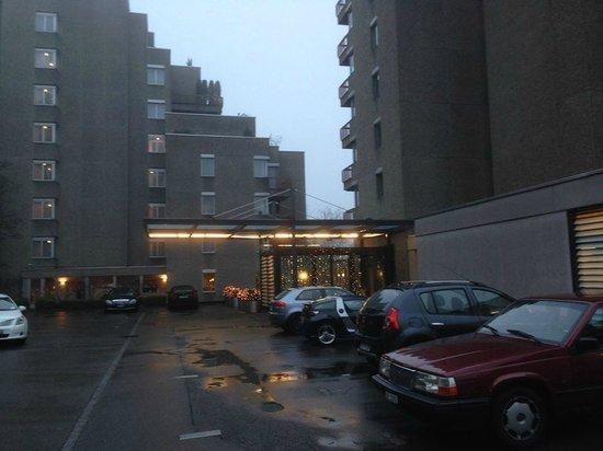 Dolder Waldhaus: Entrance