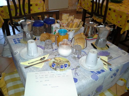 B&B Villa Venezia : wonderfull breakfast and sign of hospitality