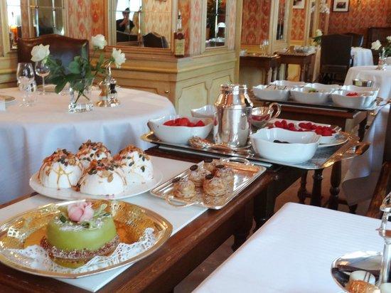 Paul Bocuse, Auberge du Pont de Collonges: desserts