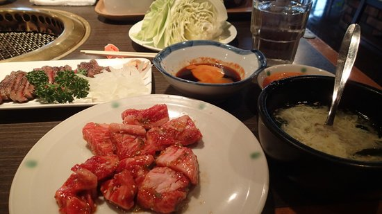 Yakiniku (Grilled meat) Ya Kuidon Messe Amuse Mall