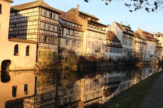 Maison Rouge Hotel : Petite France