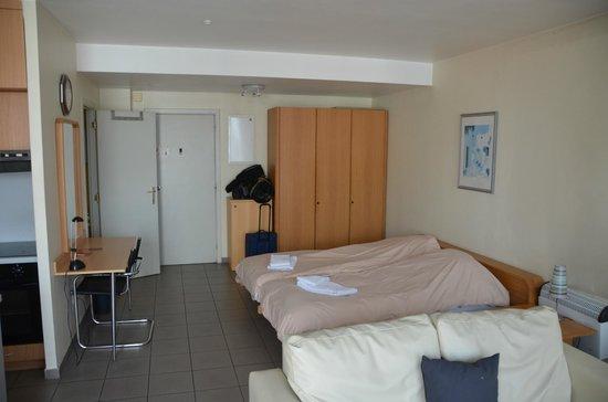 Budget Flats Antwerp: Habitación