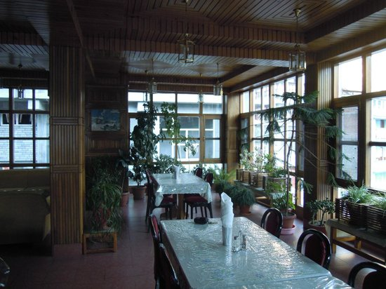 Silmog Garden: Restaurant 1