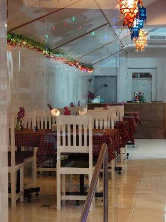 Royal Indian Food : Royal Indian & Thai Restaurant in Hua Hin