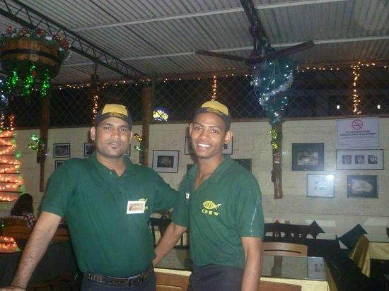 Fishka Bar& Restaurant: Lovely Fishka staff