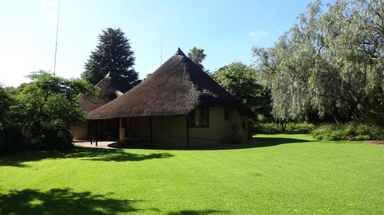 Tladi Lodge: The bungalows