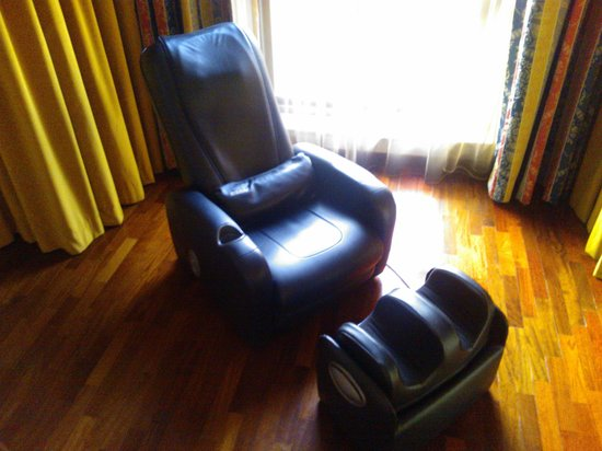 Hotel Gio' Wine e Jazz Area : Massage chair
