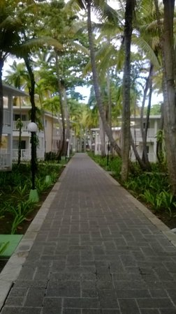 ClubHotel Riu Merengue: thewalkways the other way