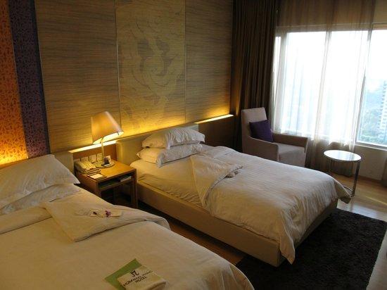 Pathumwan Princess Hotel: Room