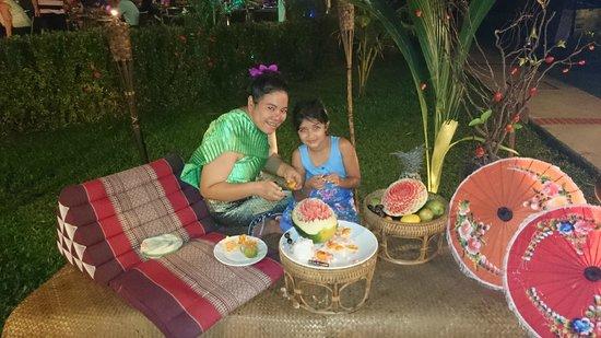 Sofitel Krabi Phokeethra Golf & Spa Resort: Fruit carving