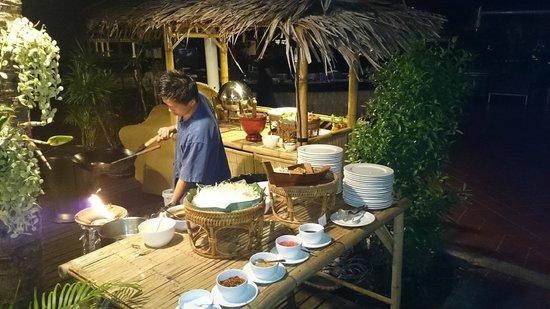 Sofitel Krabi Phokeethra Golf & Spa Resort: BBQ