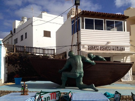 Bar Central El Chiringuito de Yolanda: A ver que tal comemos....
