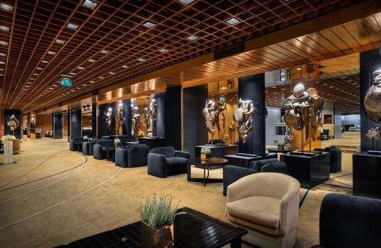 Altis Grand Hotel: Herald Bar and Mezzanine