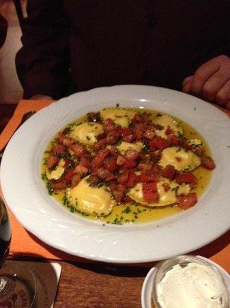 Goldener Anker : ravioli pecorino