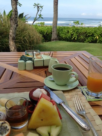 The Oberoi Bali : Breakfast at the restaurant