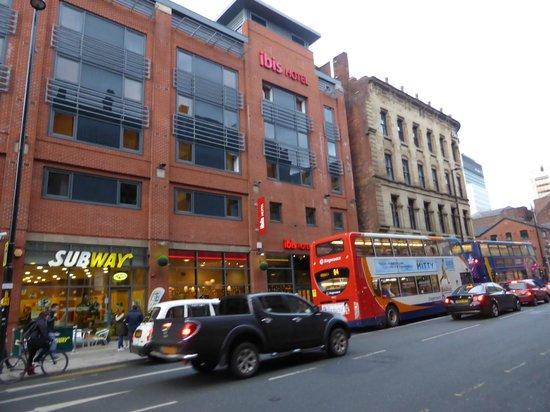 Ibis Manchester Centre Portland Street: 外観