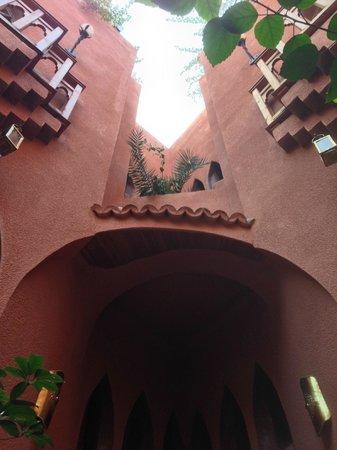 Riad Amira Victoria: moroccan architecture