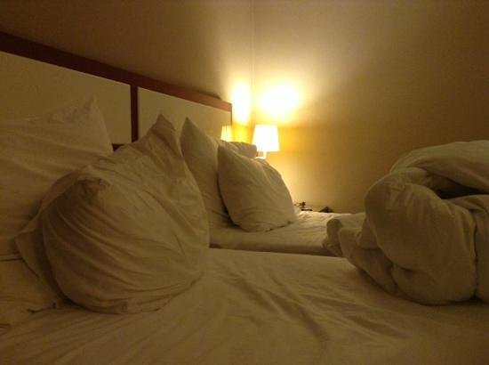 Hotel Polatdemir : bed