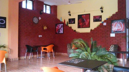 Cafe Headquarters-Dehradun