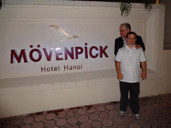 Movenpick Hotel Hanoi : Fachada do Hotel