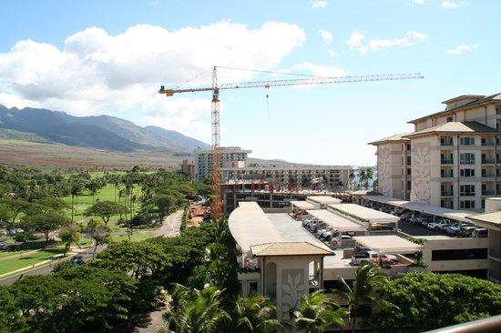Marriott's Maui Ocean Club  - Lahaina & Napili Towers : construstion at the Hyatt