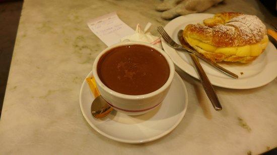 Forns del Pi: Hot chocolate