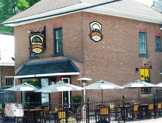 Danny Mac's Pub & Eatery : Patio