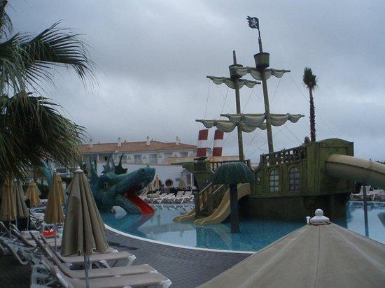 ClubHotel Riu Chiclana: pirate ship in kids area