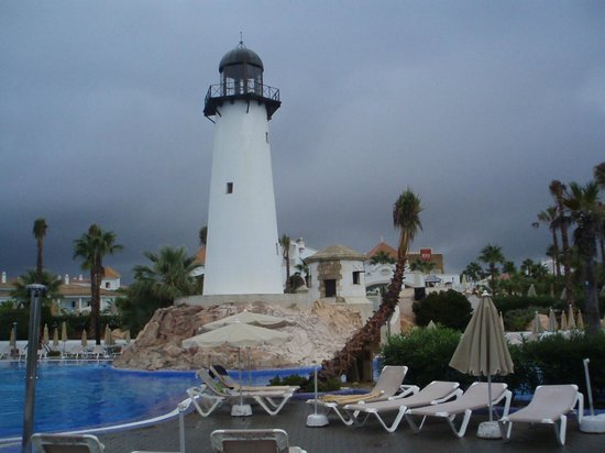 ClubHotel Riu Chiclana : light house in pool area