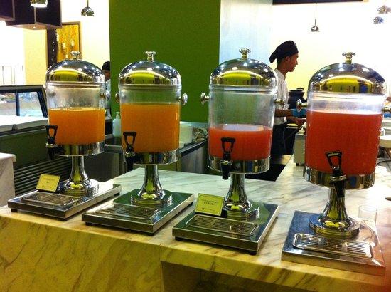 Hatten Hotel Melaka : juices
