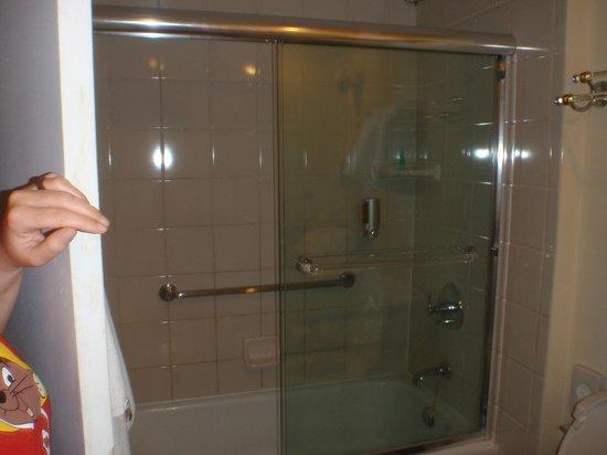 Hotel Riu Palace Aruba: La doccia
