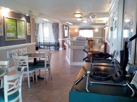 La Quinta Inn San Antonio Vance Jackson : Reception and tables