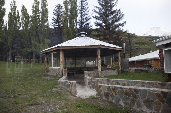 Las Torres Patagonia: Barbeque dell'hotel