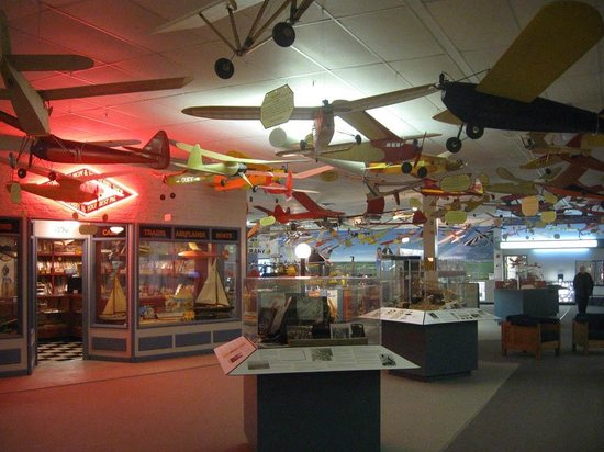 ‪National Model Aviation Museum‬