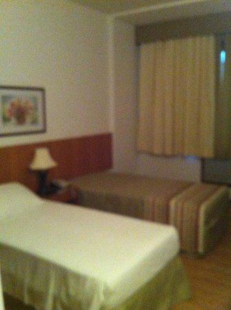 Hotel Novo Mundo: Room