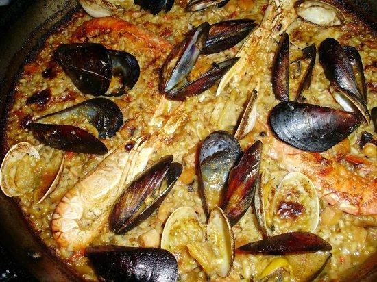 La Salseta: Paella