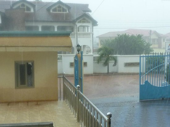 Jaria Hotel: Not the best day for a photograph