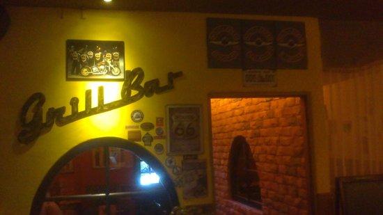 Grill Bar: RAGGED ROCK&ROLL